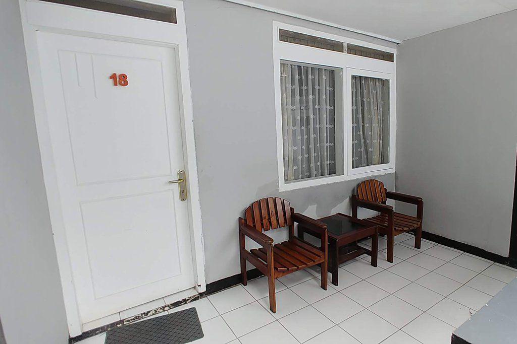 Puri Tomat Hotel, Bandung
