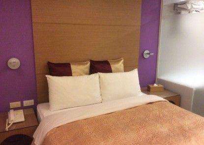 Purple Garden Hotel