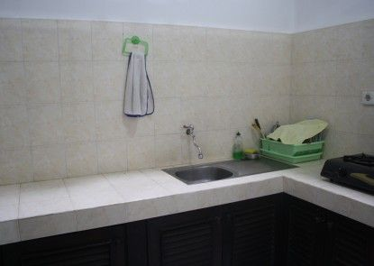 De Puspa Residence Seminyak Dapur