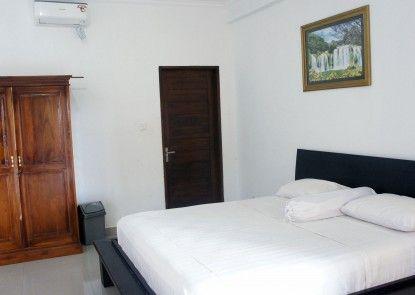 Putu Guest House 2