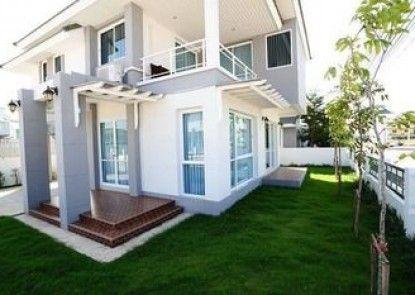 P Villa Buriram