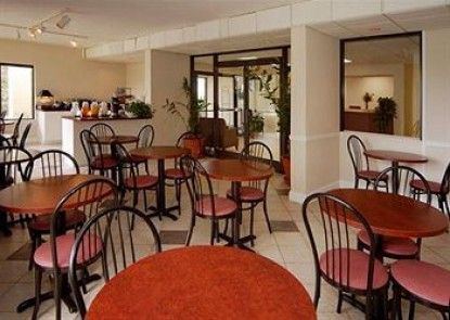 Quality Inn At Eglin AFB Teras