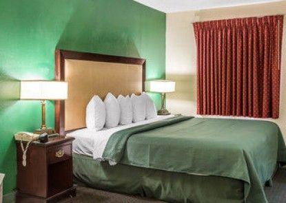 Quality Inn Byron