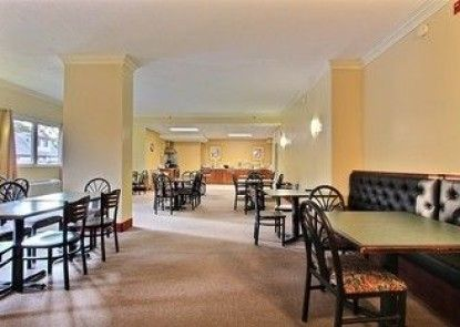 Quality Inn & Suites Rehoboth Beach - Dewey