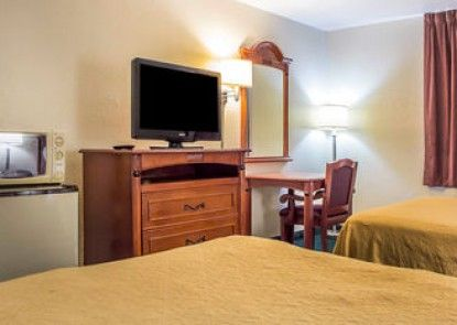 Quality Inn Tucson Airport - East Valencia