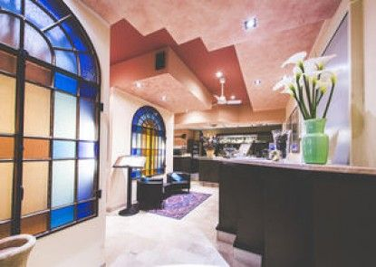 Quari Hotel Restaurant & Pizza
