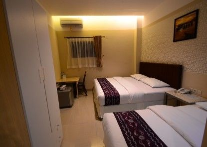 Queen City Hotel Banjarmasin ( A HARBOUR SIDE HOTEL ) Kamar Tamu