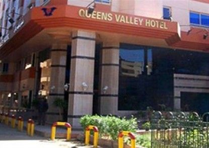 Queens Valley Hotel