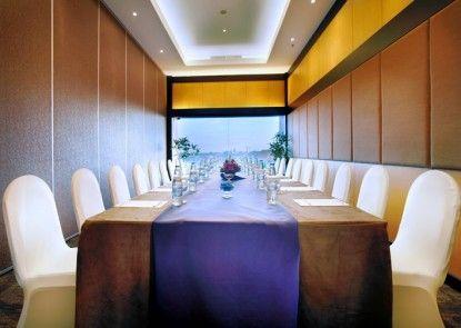 Quest Hotel Kuta Ruangan Meeting