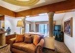 Pesan Kamar Suite Klasik, 2 Tempat Tidur Double, Smoking di Quinta Real Guadalajara