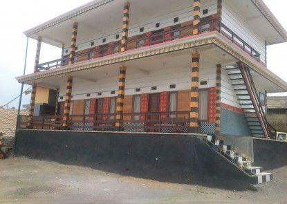 Rahayu Guesthouse Teras