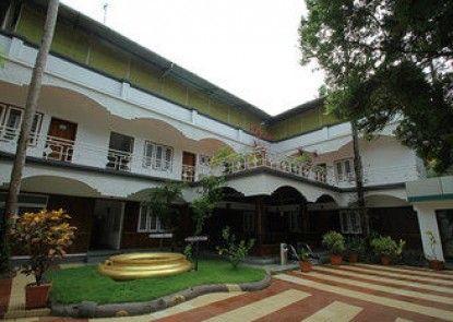 Raja Park Beach Resort