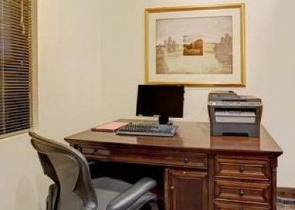 Ramada Englewood Hotel and Suites