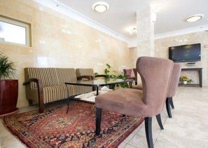Ramon Suites Hotel