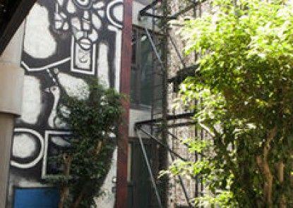 Raphael Penthouse Suites