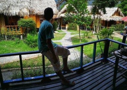 Raya Resort