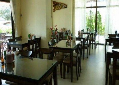 Rayong Lanna Hotel