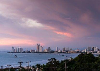 RCG Suites Pattaya Pantai