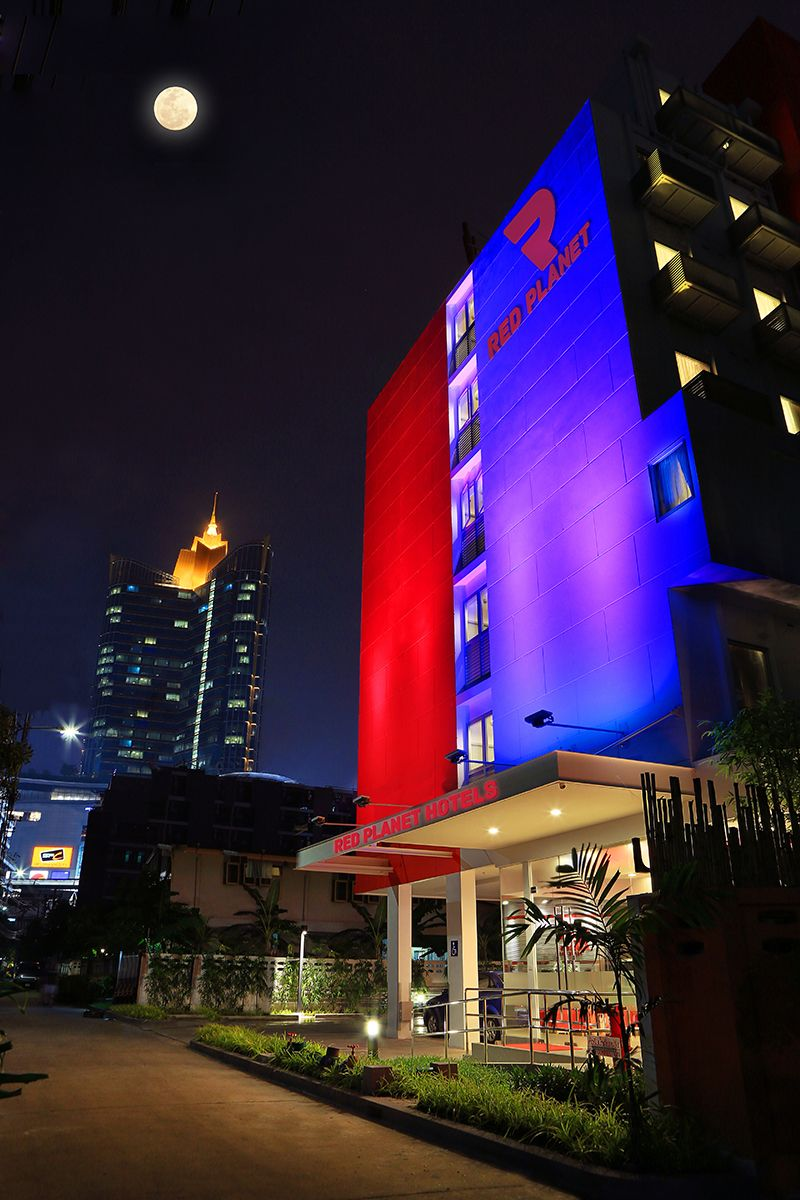 Red Planet Bangkok Asoke, Wattana