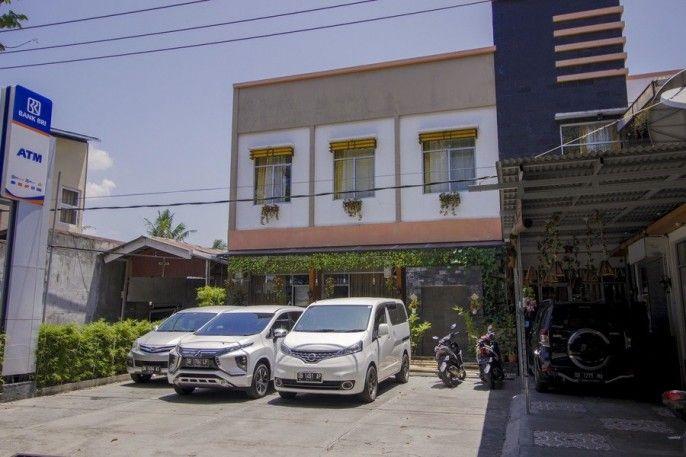 RedDoorz near RSUP Prof. Kandou Manado, Manado