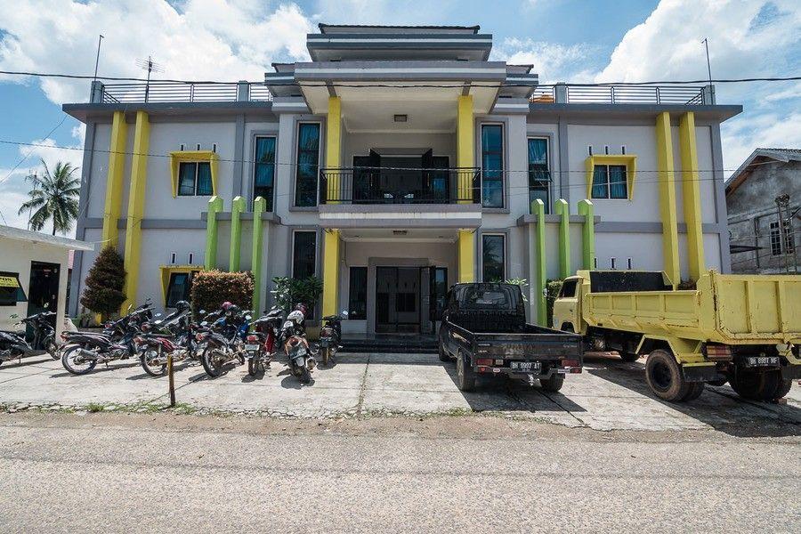 RedDoorz near Sultan Thaha Airport Jambi,Ancol Kota Jambi