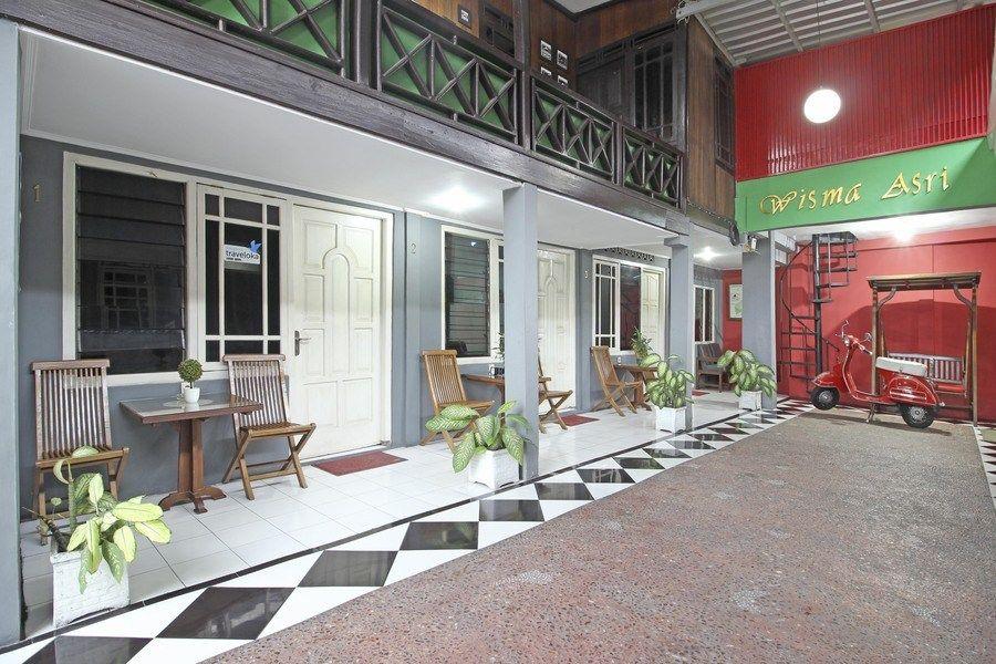 RedDoorz near Terminal Condong Catur, Sleman