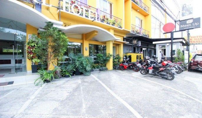 RedDoorz Plus near Jogja Expo Center, Bantul