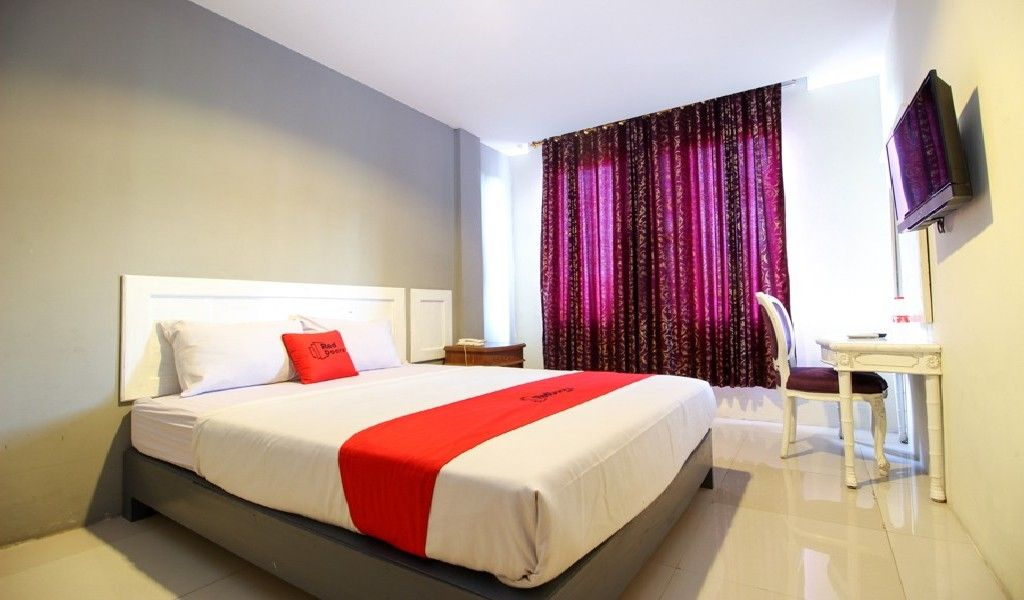 RedDoorz Plus near Jogja Expo Center, Bantul