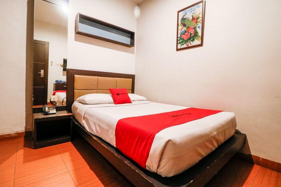 RedDoorz Plus near Pasar Wisata, Pekanbaru
