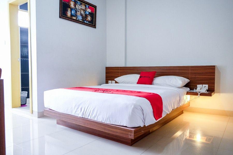 RedDoorz Plus near Pekanbaru Mall, Pekanbaru