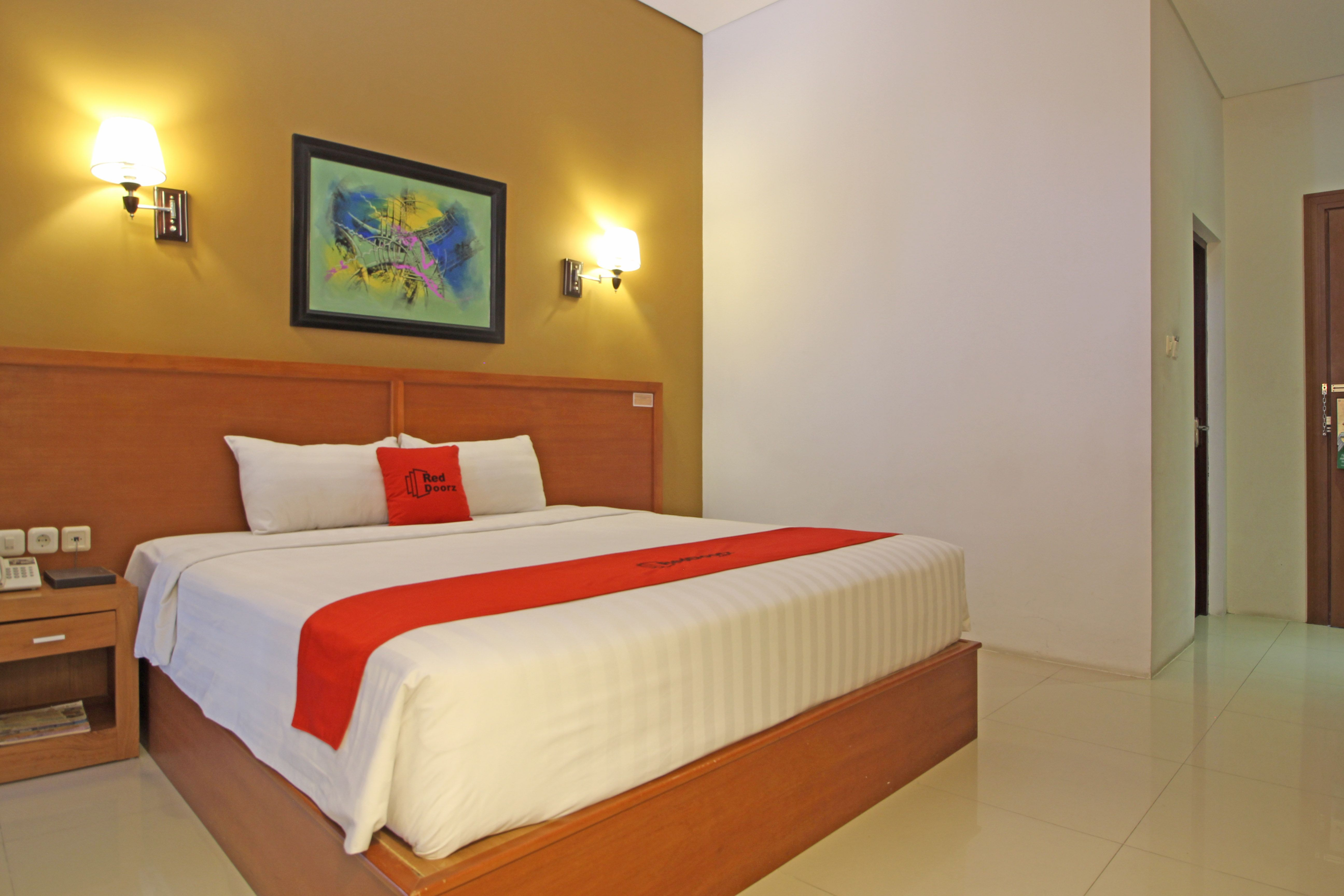RedDoorz Premium near Sleman City Hall, Sleman