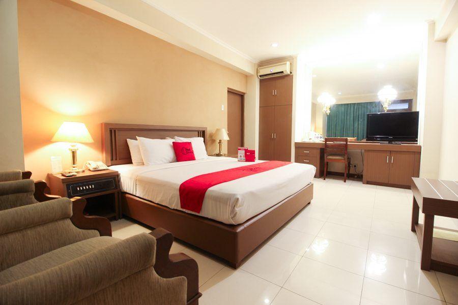 RedDoorz Premium @ Slamet Riyadi 2,Banjarsari