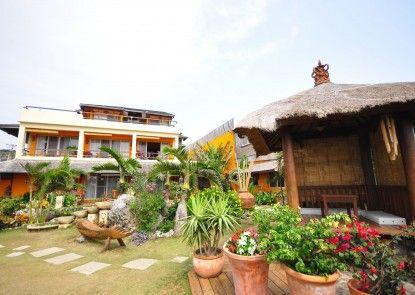 Red Garden Resort