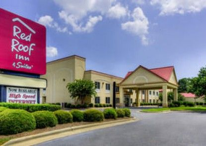 Red Roof Inn & Suites Albany