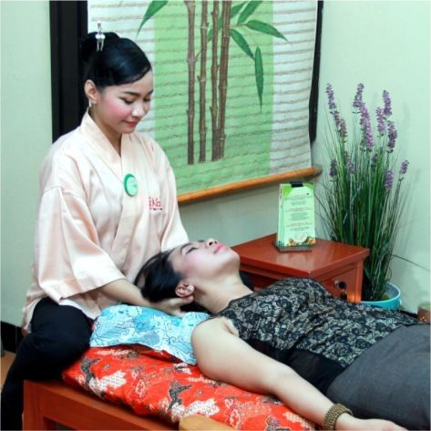 Relaxing Treatment by NAKAMURA Holistic Therapy