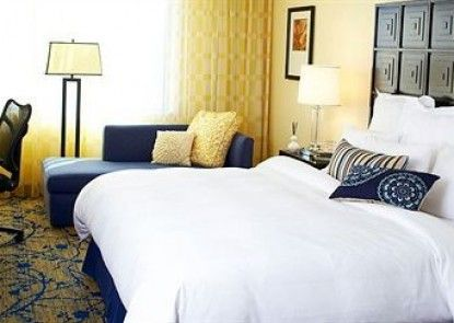 Renaissance Fort Lauderdale Cruise Port Hotel Teras