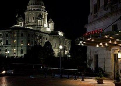 Renaissance Providence Downtown Hotel Teras
