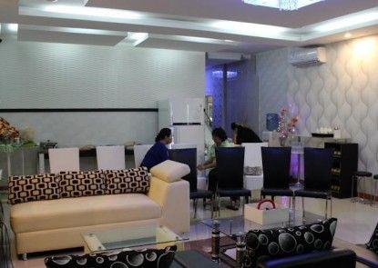 Rene Hotel Interior