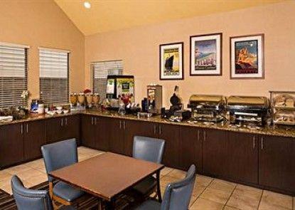 Residence Inn by Marriott Shelton-Fairfield County Teras