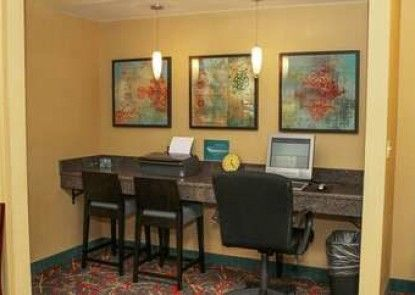 Residence Inn by Marriott Boston Westford