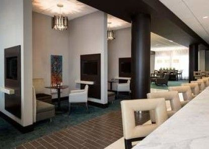 Residence Inn by Marriott Calgary South