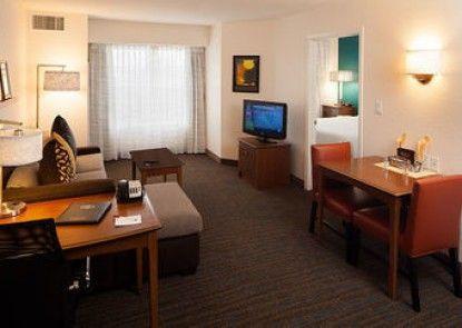 Residence Inn by Marriott Plazzio East