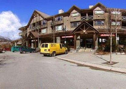 ResortQuest at Marketplace Lodge