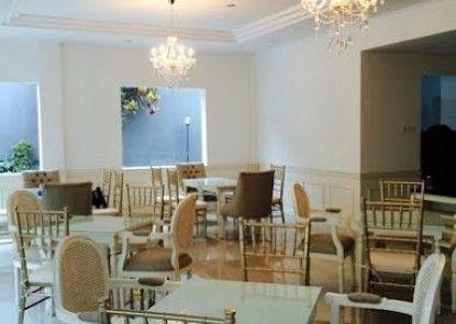Frances Hotel Rumah Makan
