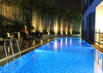 Retreat By The Tree Pattaya