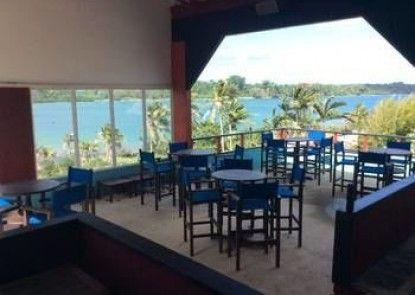 Retreat Seaside Resort