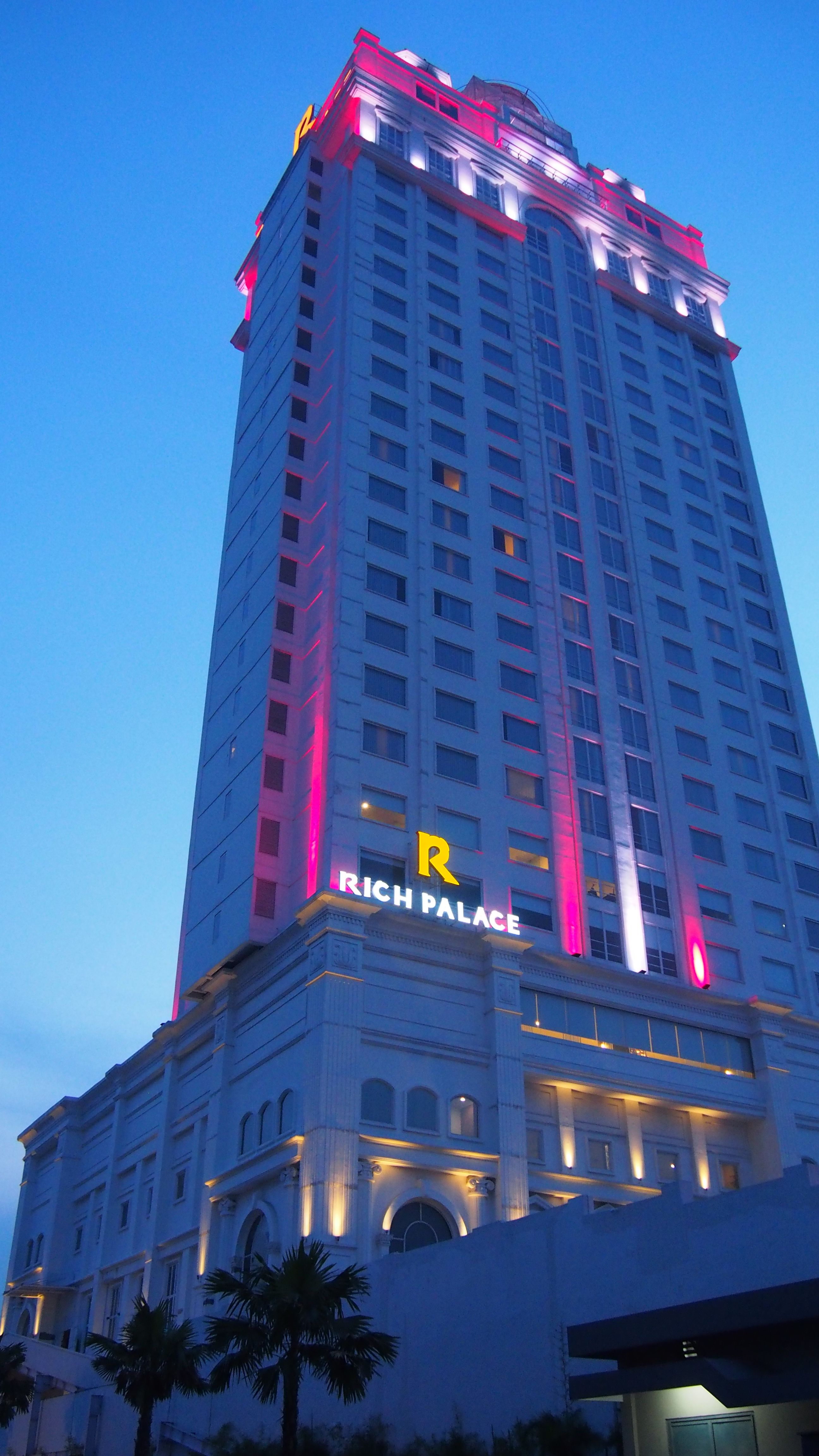 Rich Palace Hotel Managed By Legacy Hotels Group, Surabaya
