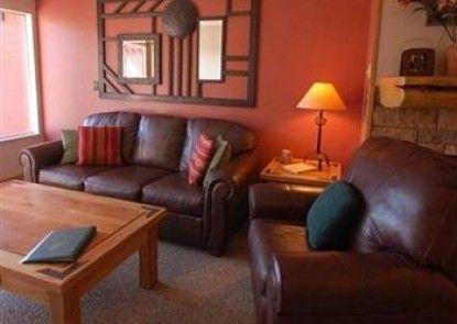 Ridgecrest Condominiums by Pioneer Ridge Management