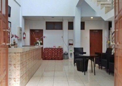 Ridhomas Hotel Lobby