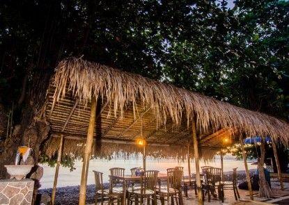 Rising Star Beach Resort Amed Pemandangan